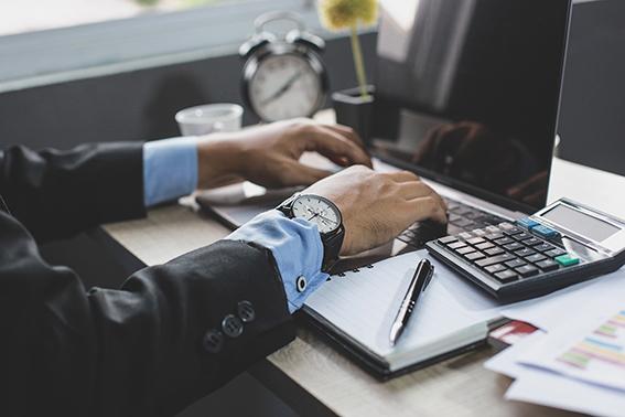 Controle financeiro: por que separar despesas da empresa e pessoais?